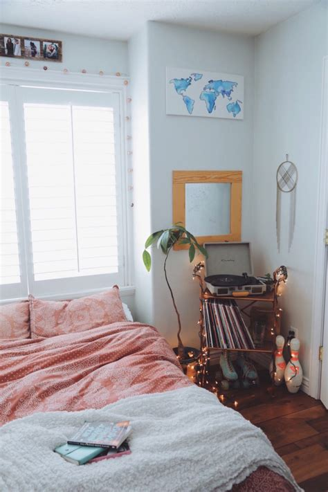 urban outfitters bedroom decor 20 tips to turn your bedroom into a bohemian paradise