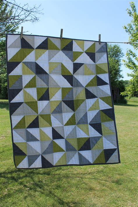 geometric pattern quilt craftyblossom grey and green geometric quilt