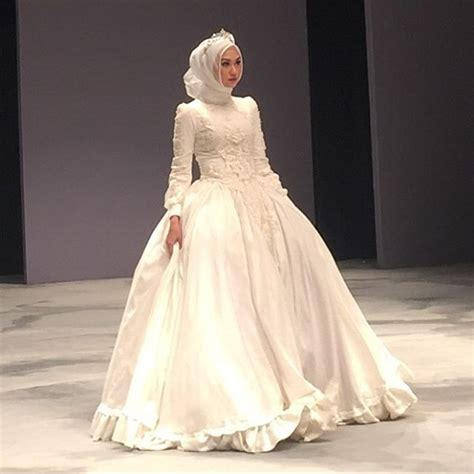 Rere Top By Hijabig 2052 best images about muslim wedding dress ideas on