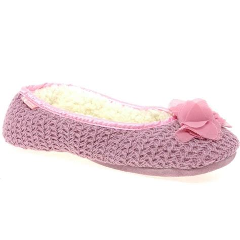 best bedroom slippers 17 best ideas about bedroom slippers on pinterest sewing