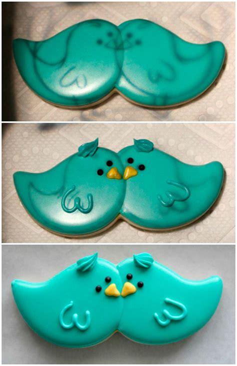 como decorar una caja redonda de galletas decora con glasa unos pajaritos muy cari 241 osos galletea