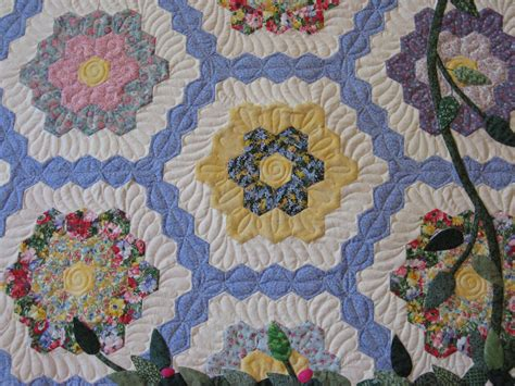 Twiddletails Quilting Grandmother S Flower Garden Grandmothers Flower Garden Quilt Pattern