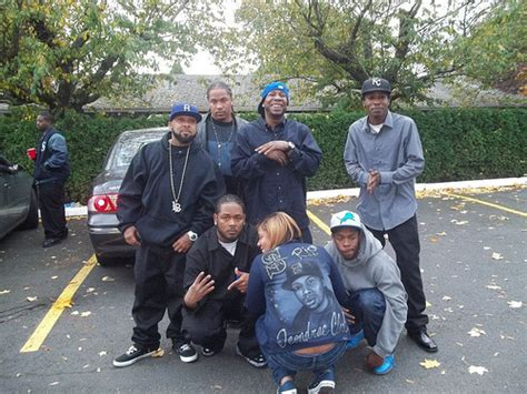 Garden Blocc Crips by Rollin 60 Crips Pictures To Pin On Pinsdaddy