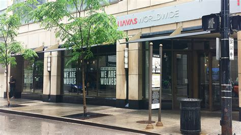 havas si鑒e social havas chicago is loaning out its summer interns to local