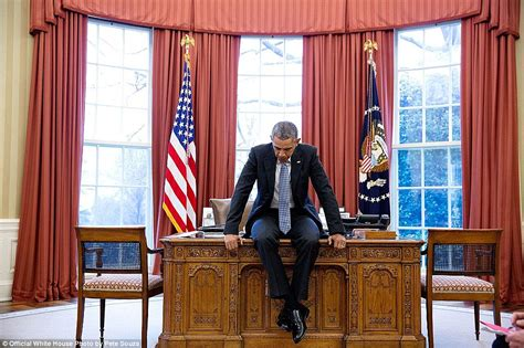 100 oval office decor through the years best 25 mad white house photographer reveals favorite obama pictures