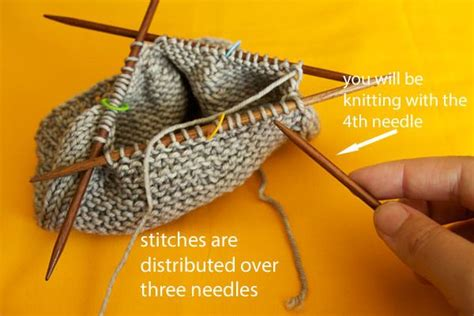 knitting in the with pointed needles how to knit in the with dpns knitting