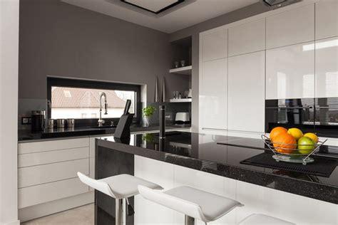 granit blanc cuisine plan de travail granit noir synonyme d 233 l 233 gance et de