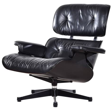 Eames L by Eames Vitra Lounge Chair Vitra Eames Lounge Chair And