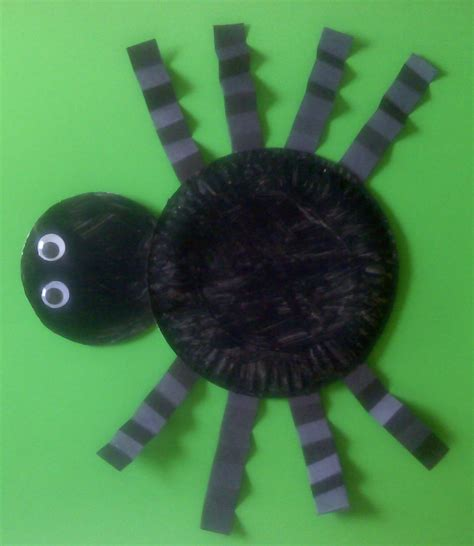 Paper Spider Craft - crafts for preschoolers paper plate spider