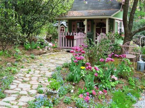 cottage style backyards 17 best images about small garden ideas on pinterest