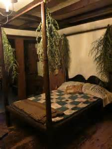 Canopy Bed Posts Swags Of Dried Greenery Hung From The Canopy Bed Posts