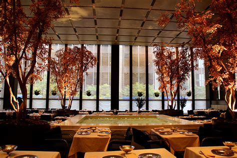 4 seasons pool room four seasons restaurant closing 432 park 280 park avenue