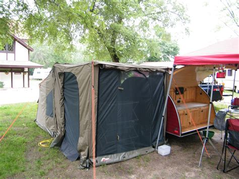 Oztent Screen Room by Family Tent Cing Teardrop Trailer Cing With A 30 Second Oztent