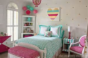 dormitorio juvenil lleno de color cocochicdeco tween girl bedroom ideas hgtv