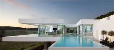 California Contemporary Homes luxurious and contemporary clifftop villa in algarve