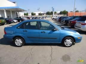 light sapphire blue metallic 2000 ford focus lx sedan