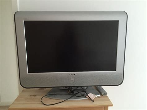 Tv Flat Lcd Sony sony wega lcd flat screen 32 quot tv in thaxted essex gumtree