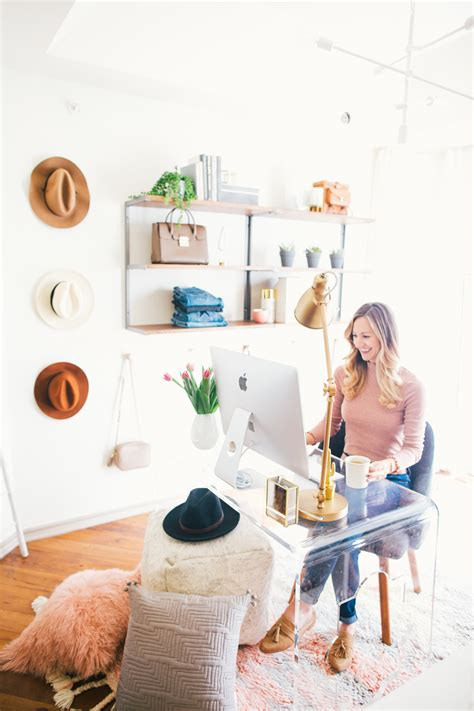 home decorating bloggers weekly chat how i started blogging livvyland austin