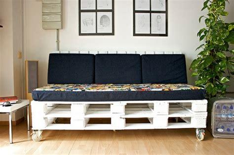 futon richtig rollen diy sofas aus europaletten 13 thematische bastelideen