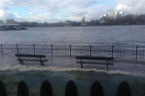 thames river tides river thames bursts its banks leaving london waterfronts