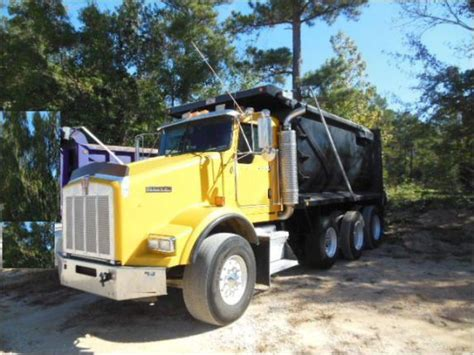 buy used kenworth tri axle log trucks