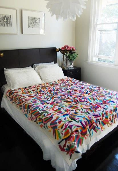mexican coverlet 1000 ideas about mexican style bedrooms on pinterest