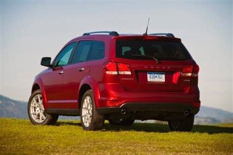 2013 dodge journey dimensions 2013 dodge journey cargo space specs view manufacturer