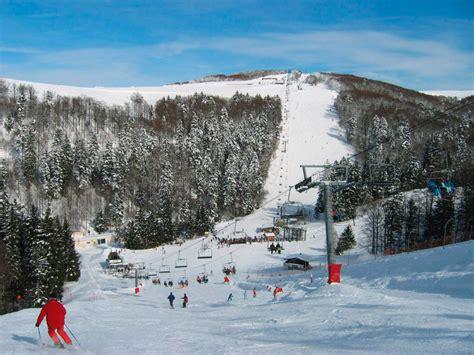 ski hutte cing situ 233 224 proximite d une station de ski dans les