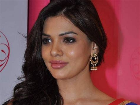 sara loren biography profile and pictures 006 life n