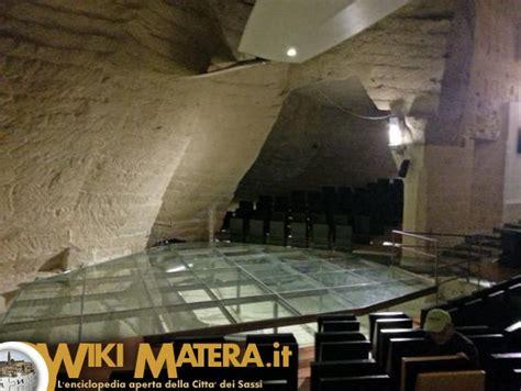 casa cava casa cava un teatro scavato nella roccia wikimatera it