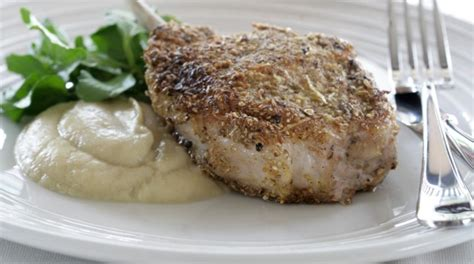 A Flash In The Pan Fennel Crusted Pork Chops by Pork Chop With Fennel Seed Crust Fennel And Apple Puree
