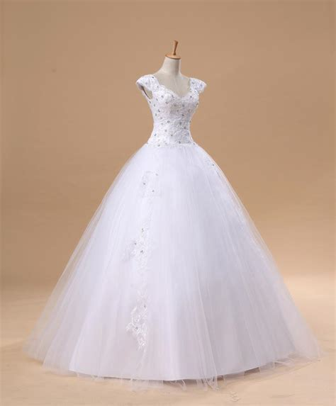 Elegant White Lace Puffy Wedding Dress New Arrival Floor Length Ball Gown Bridal Gowns Ball Gown