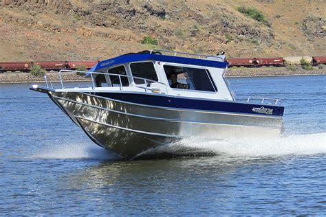 buy a fishing boat 10 tips to help you buy a fishing boat my westshore