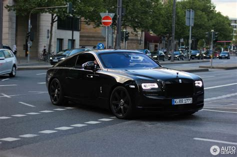 roll royce wraith black rolls royce wraith black imgkid com the image kid