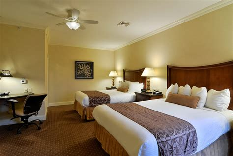 hotel rooms with two bedrooms suite in lancaster pa enjoy the two bedroom villa suite