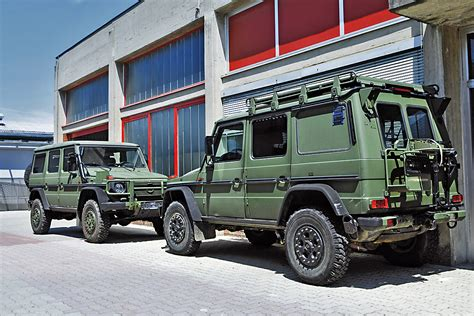 Schonbez Ge Auto Oldtimer by Went Offroading And Came Across A G Class Mercedes Cars