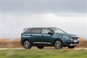 Peugeot 5008 Review New Peugeot 5008 2017 Review Pictures Auto Express
