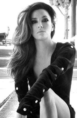 Eva longoria- one of my fav actress looking stylish and