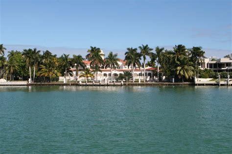 la isla de los famosos panoramio photo of una de las t 237 picas casas de la isla