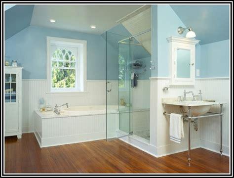 Kleines Bad Blaue Fliesen by Badezimmer Gestalten Blaue Fliesen Fliesen House Und