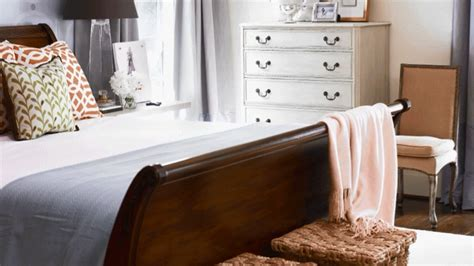 how to arrange furniture in a small bedroom arranging furniture