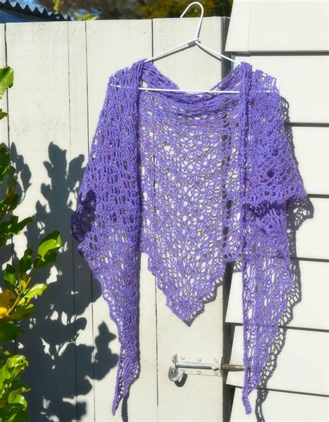free pattern easy crochet triangle shawl very easy crochet shawl patterns myideasbedroom com