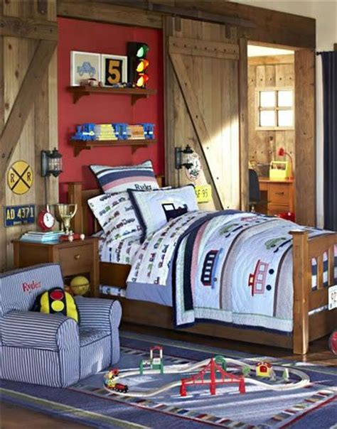 train themed bedroom 596 best boy s room images on pinterest boy bedrooms