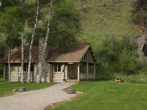 aspen cabin aspen cabin is a luxury hewn log cabin vrbo