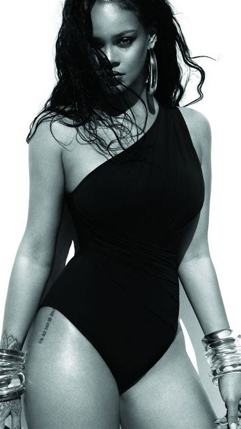 rihanna biography in spanish rihanna talks dating and her relationship with drake in