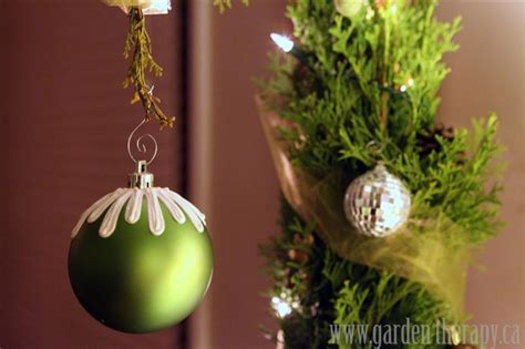 the grinch tree topper merry a whoville garden therapy