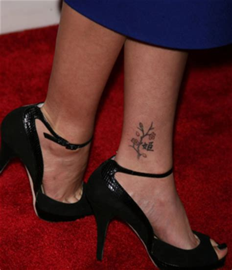 sarah michelle gellar tattoo 20 with tattoos page 9
