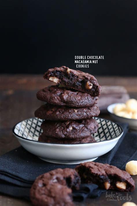 Almondtree Chocolate Cookies chocolate macadamia nut cookies bake to the roots