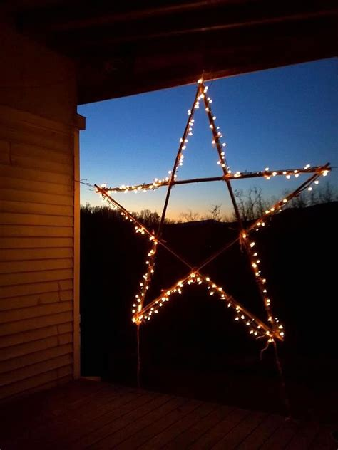 christmas decorating with stars 43 gorgeous ideas digsdigs