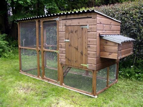 Best Backyard Chicken Coops 25 Best Ideas About Chicken Coop Plans On Diy
